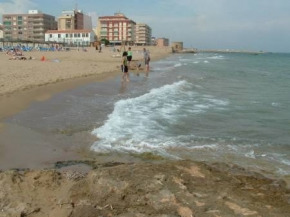 1 BED BEAUTIFUL APARTMENT, SWIMMING POOL, 5 MINUTE TO SHOPS, SEA. LIFT